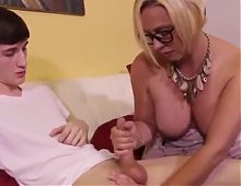 Mature stepmother gives nice handjob
