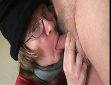Hand Worker Gets A Teen Pussy,By Blondelover