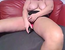 Busty Milf hard and fast Masturbation on Cam