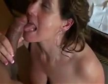Curvy mature fucked on homemade