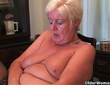 British milf Amy fulfills her honey pot's cravings