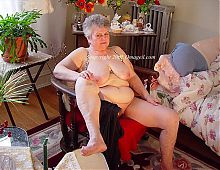OmaGeiL Granny Pictures with Sextoys Inside