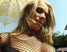 Milf Thing MILF Viviens holes are in high demand by these