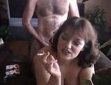 smoking mommy doggy