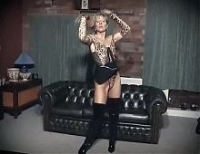 I DANCE YOU WANK 22 - mature English filthy talk JOI